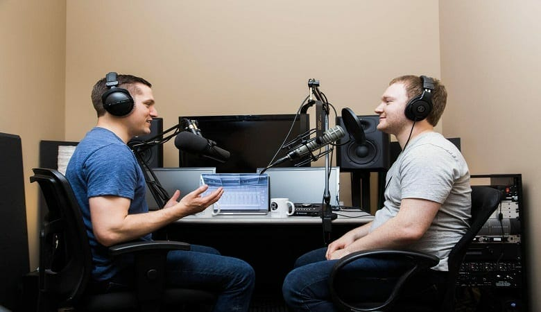can you make money podcasting