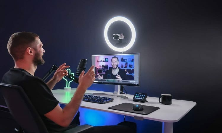 how much does good lighting for streaming cost