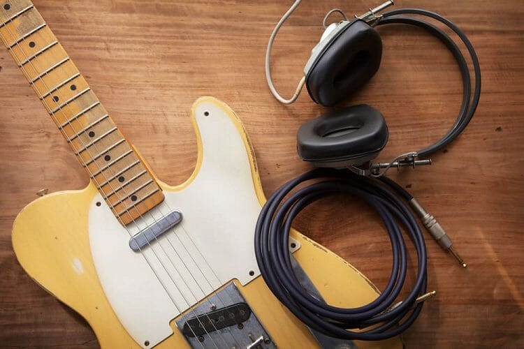 Recommended Studio Gears For Home Recording