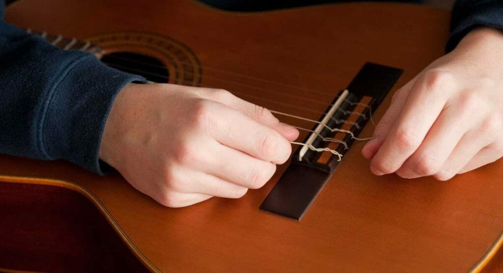 How To Restring A Guitar The Right Way